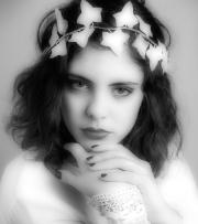 17_Elsa et les fleurs
