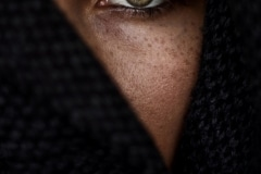 3-55-Green_eye_Léa_Duval